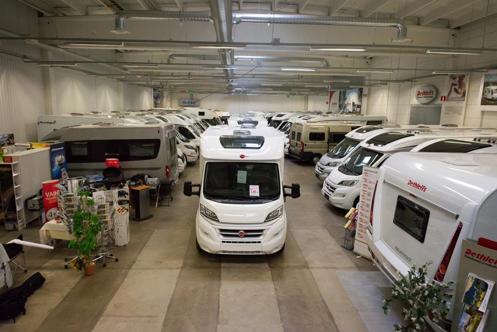 Jyväs-Caravan myymälä