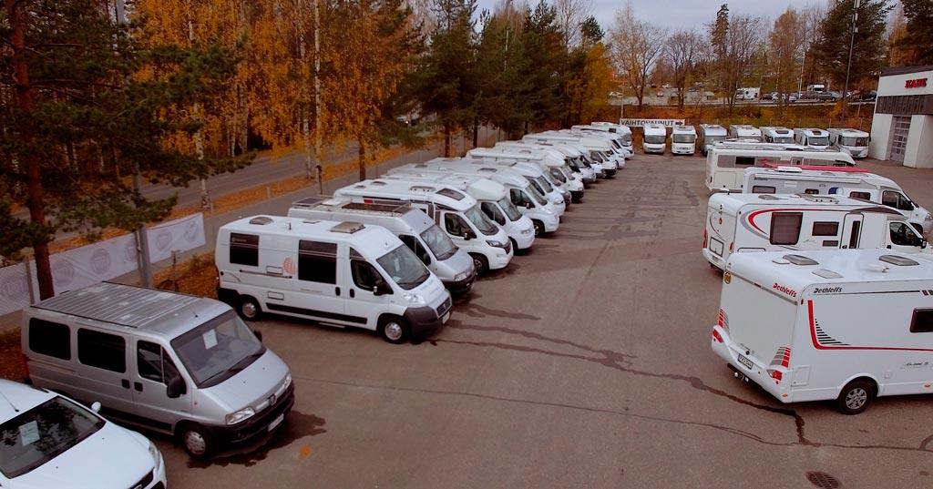 Jyväs-Caravan myytävät autot