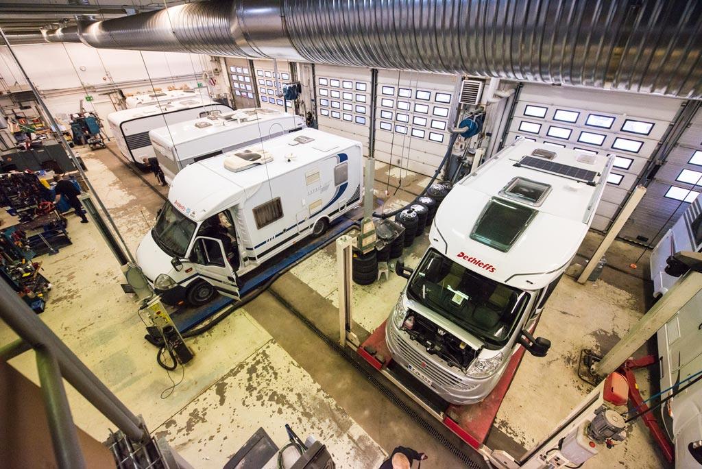 Jyväs-Caravan huoltohalli